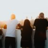 people evening sun 100x100 - デザイン・イラスト関連の副業の種類と始め方まとめ「収入度・難易度も紹介」