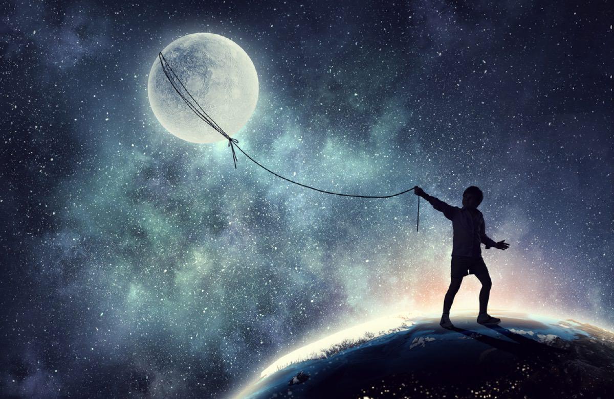 moon boy - 月 (Moon) をテーマにした様々なデザインやアート